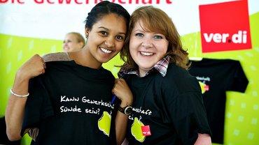 Junge Frauen Gewerkschaftsaktive