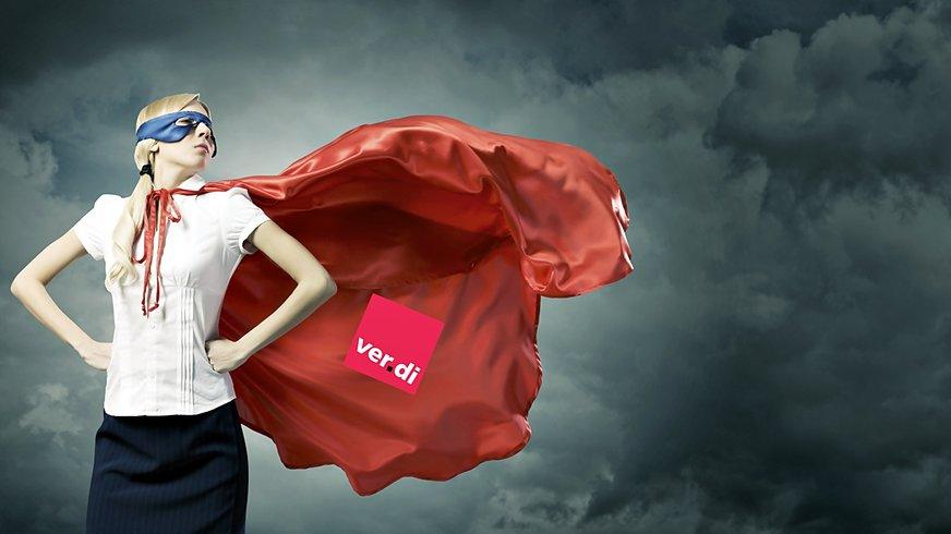 Frau Superheldin Aktion aktiv für ver.di