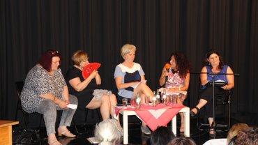 Landtagsabgeordnete im saarländischen Landtag, von links nach rechts: Pia Döring, Dagmar Heib, Patricia Brever SR, Barbara Spaniol, Tina Schöpfer