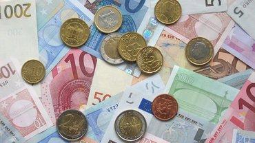 Geldscheine Münzen