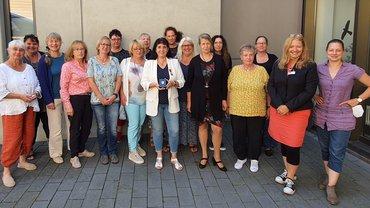 Marlene Isenmann-Emser mit Verdienstmedaille im Kreis von ver.di Frauen